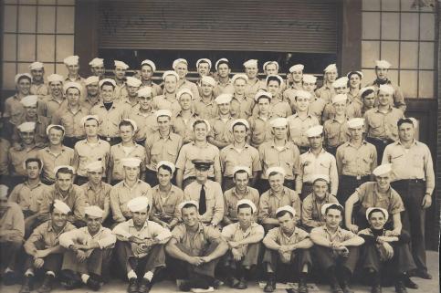 Sub School Class 1943.jpg
